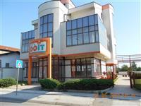 Poslovne zgrade 1450m2 i plac 13738m2