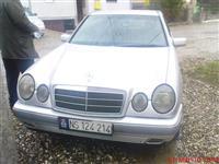 Mercedes Benz E220 -97