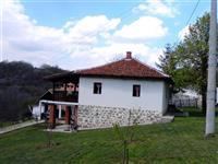 VIKENDICA 52M2 U Stragari, Kotraza