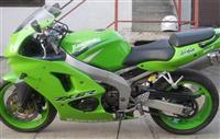 Motor Kawasaki Ninja ZXR6