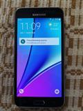 Telefon J3 2016