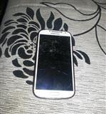 Samsung Galaxy S4 samo sto je puko displaj
