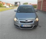 Opel Zafira b -05
