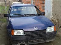 Opel Kadett -86