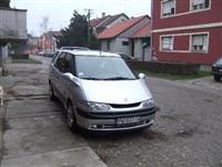 Renault Espace 2.2 DCI - 01