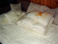 Prekrivaci od ciste vune