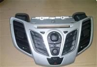 Komandna konzola CD Playera Ford Fiesta