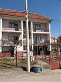LEPA KUĆA 450 m2+manja kuća 50 m2, ZA STARAČKI DOM