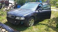 Audi A4 u delovima