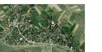 Kuka i plac od 3000m2 vo s.Karbinci (Stipsko)